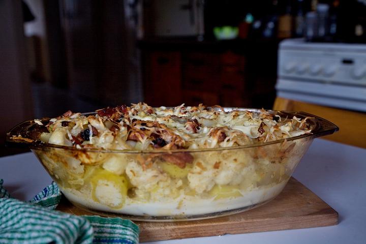 zapeceny-kvetak-s-bramborami