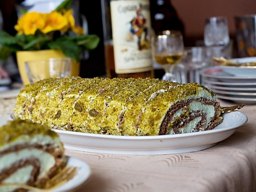 rolada-sladka-pistacie-recept