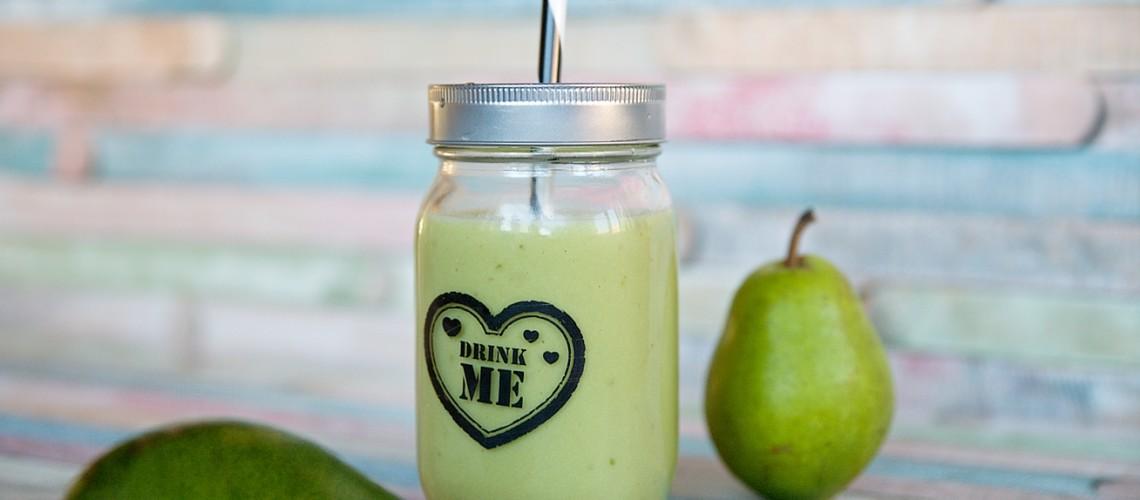hruska-avokado-smoothie