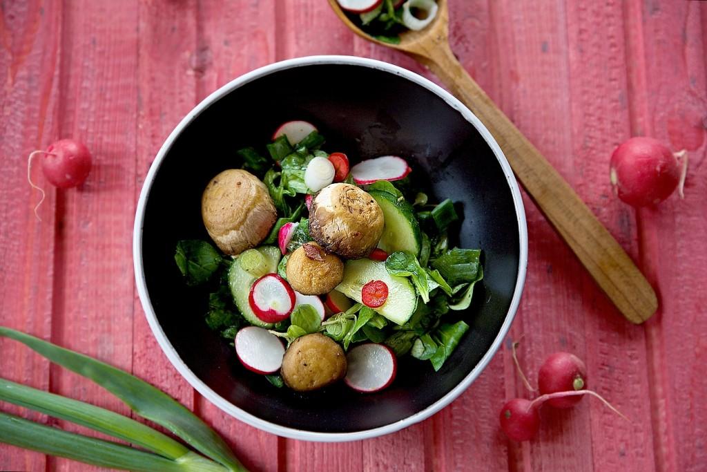 zdrave-jidlo-salat