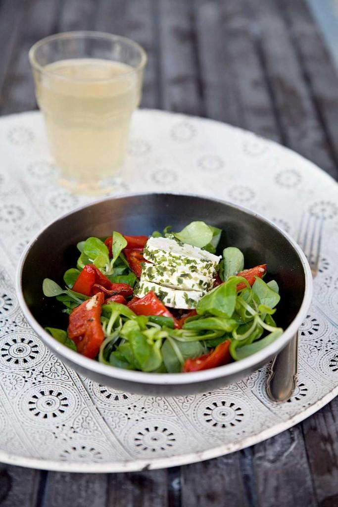 pecena_paprika_salat