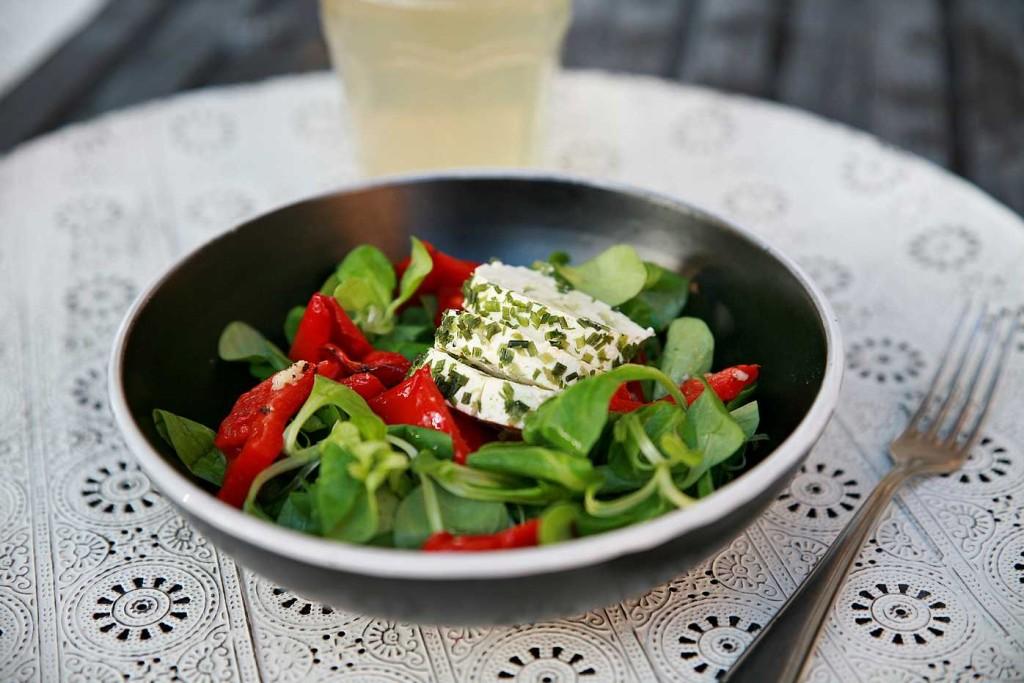 salat_pecena_paprika_recept