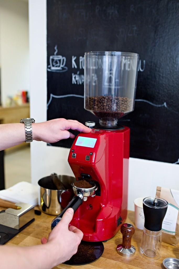 mlynek-kava