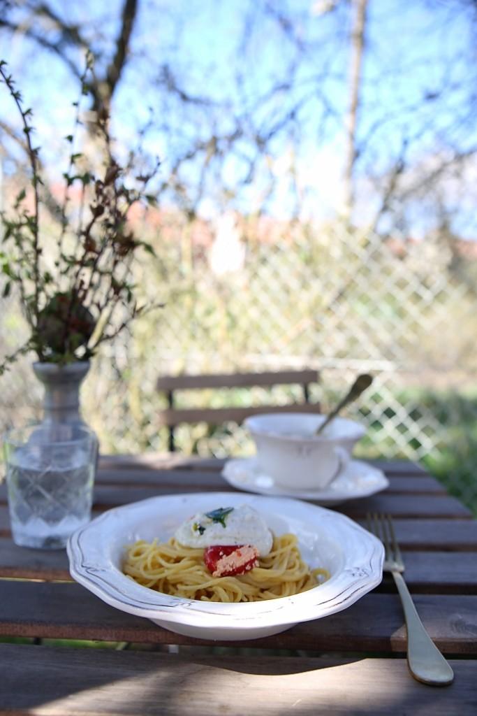 spagety-s-vegetarianskou-omackou