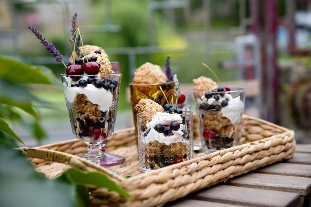 letní dezert s ovocem
