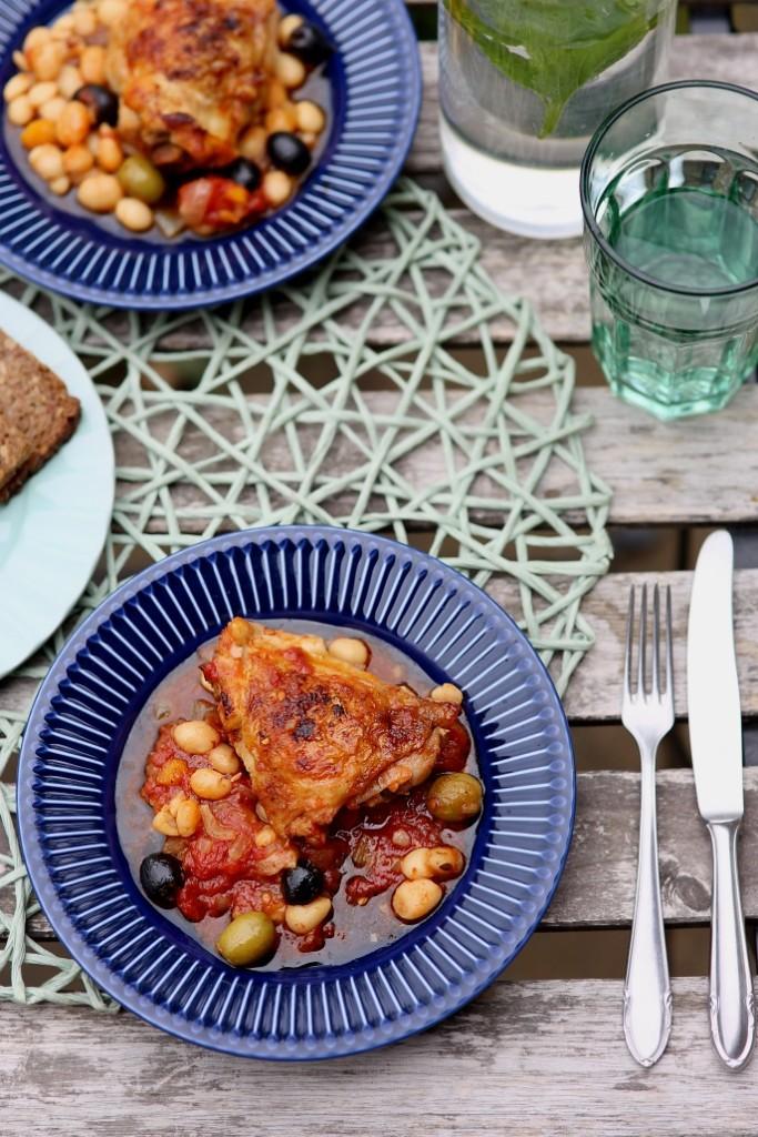 kuřecí maso a rajčata