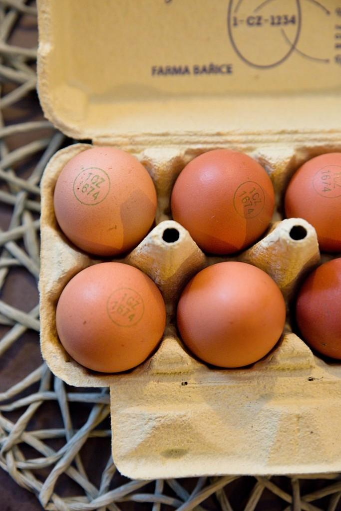 prikrm-vejce