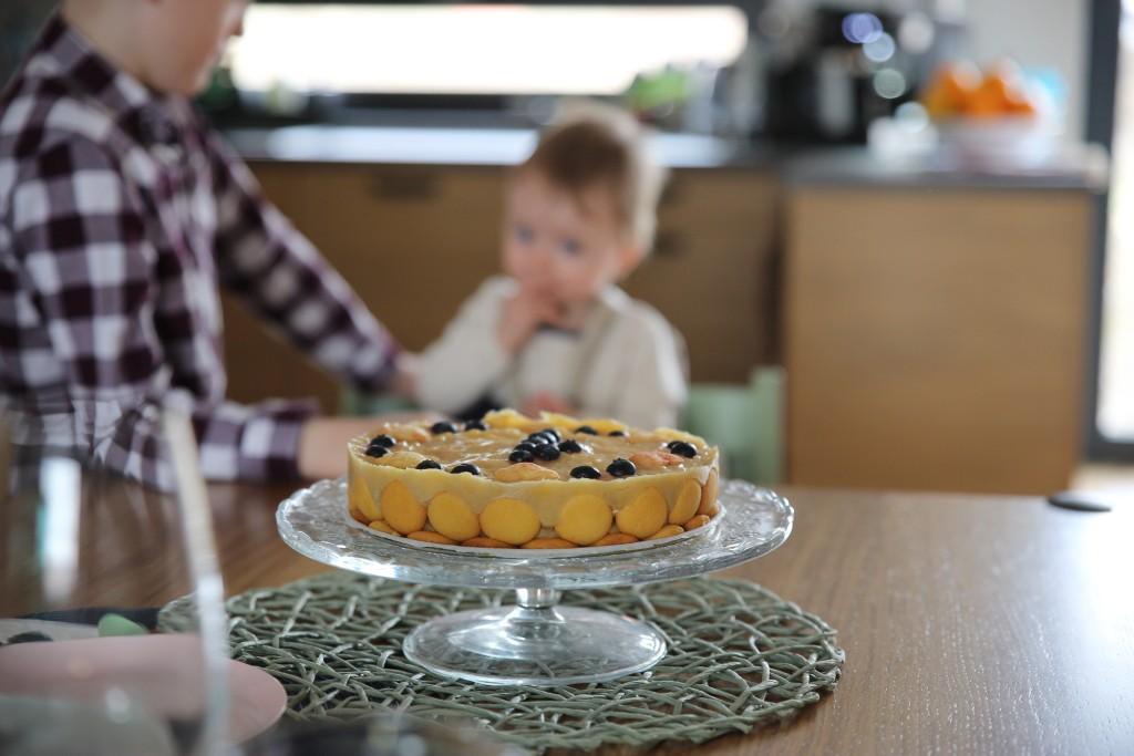 piškotový dort